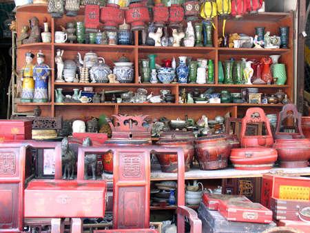 tr�delmarkt: Flohmarkt in Shanghai, China,