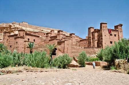 desierto del sahara: Vista de la fortaleza de Marruecos (kasbah) os Ait Ben Haddou,. Thi fortaleza fue el escenario para muchas películas, como Foto de archivo