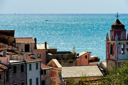 sea of houses: View of Tellaro, ancient village in the Italian region of Liguria, and the Mediterranean sea