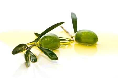 hojas: olives with olive branches Stock Photo