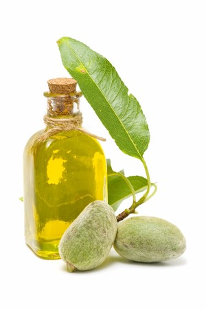 almond oil photo