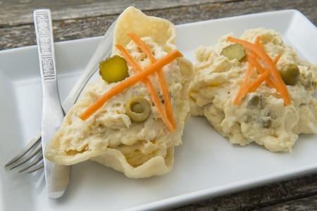huzarensalade: Russische salade, vers gebakken