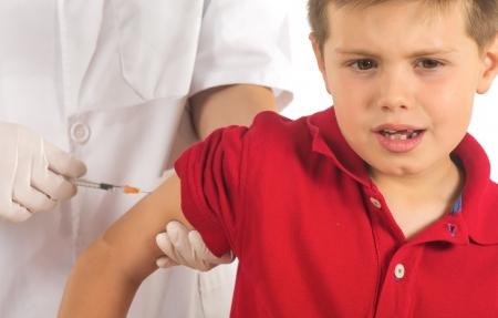 oltás: orvos oltóanyagnak a gyermek