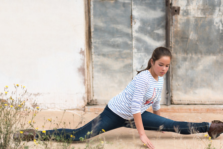 8 10 years: photographic portrait of a girl in a relaxed position