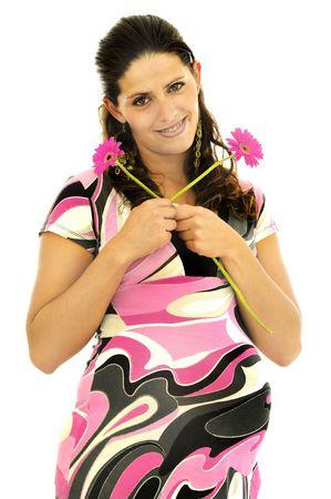 La mujer embarazada posando con un vestido de color rosa y flores aisladas en blanco Foto de archivo - 5642960