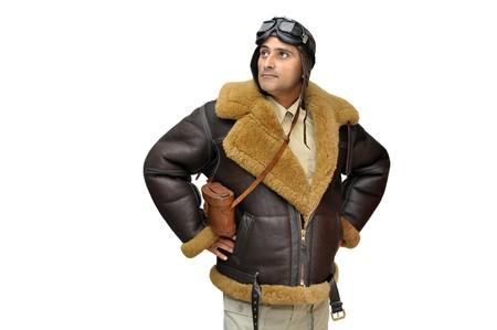 piloto: Piloto de caza de WWII aislado en blanco  Foto de archivo