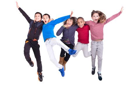 어린이 jumpng의 그룹 흰색으로 격리