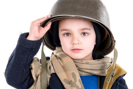soldado: Soldado joven muchacho aislado en blanco