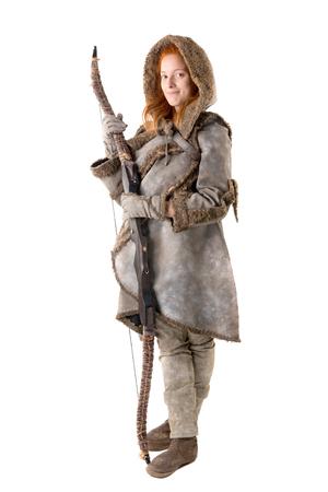 白で分離された弓と衣装で女の子アーチャー