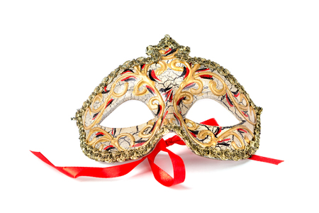 Venetiaans masker dat op een witte achtergrond wordt geïsoleerd Stockfoto