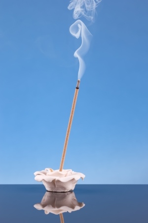 incense sticks: aromatic incense burning