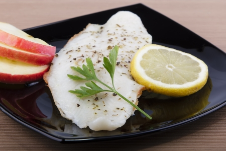 pangasius fillet with apple and lemon