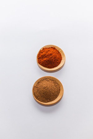 red peppers: various spices to cook a variety of flavors Red peppers nutmeg