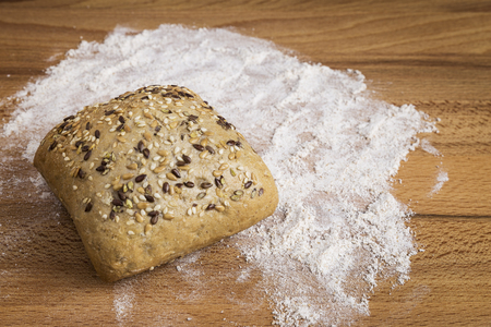 Bread with linseed, oats and sesame seeds