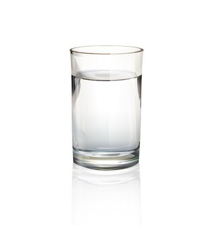 Bicchiere d'acqua realistica. Disegno vettoriale