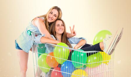 woman shopping cart: friends