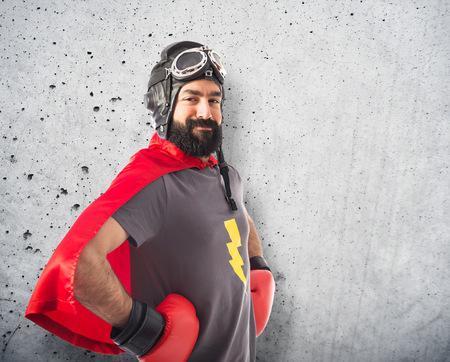 gente loca: Super héroe en blanco