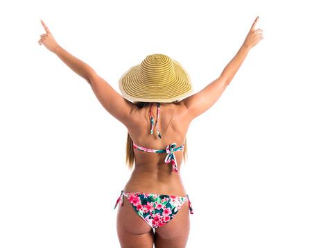 mujeres de espalda: Joven mujer sexy en bikini con pamela