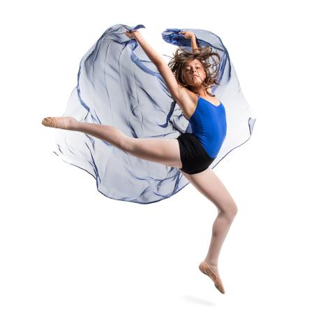 danseuse: Jeune danseuse de ballet saut Banque d'images