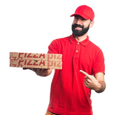 uomo rosso: uomo di consegna della pizza