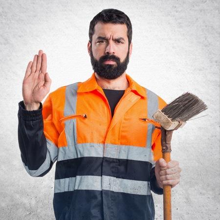 oath: Garbage man doing oath