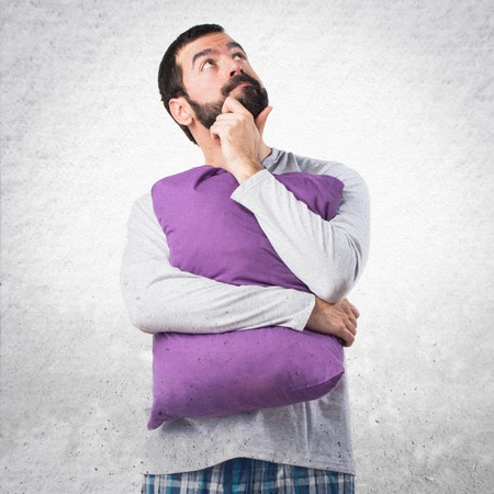 pajamas: El hombre en el pensamiento pijamas