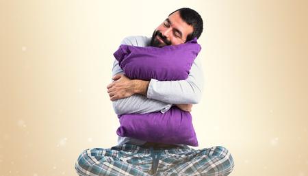 pijama: Hombre en pijama para dormir