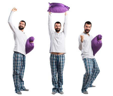 pijama: hombre con suerte en pijama