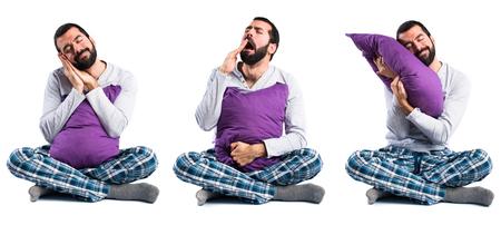 pijama: Hombre en pijama bostezos