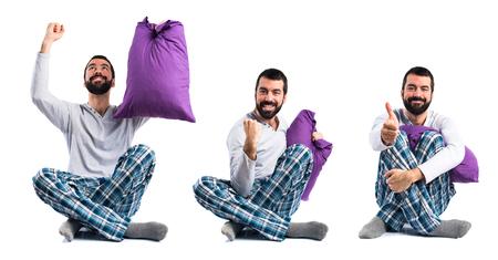 pajamas: hombre con suerte en pijama