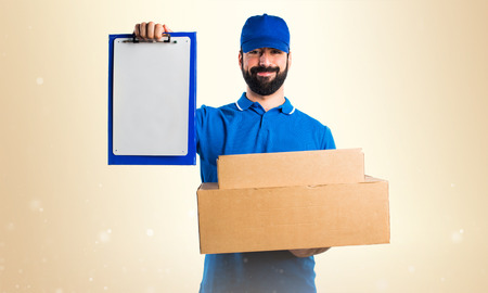 express positivity: Delivery man with folder