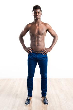Hombre negro hermoso con la carrocería atlética Foto de archivo
