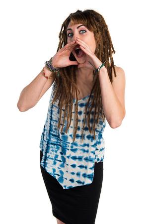 rastas: Chica con rastas gritando