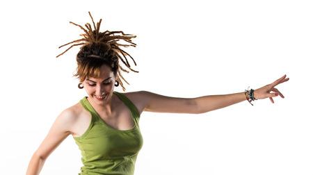 rastas: Chica con rastas saltando