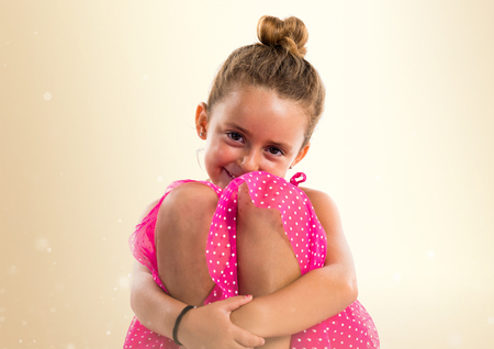 Little girl with pink dress Stockfoto - 109282310