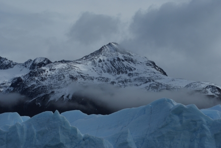 ice mountains in Calafate photo