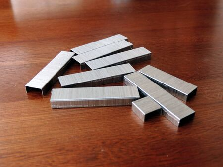 Metal staples set
