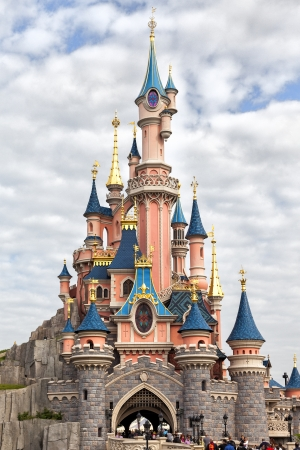 Sleeping Beauty castle at Disneyland Paris, Eurodisney 新聞圖片