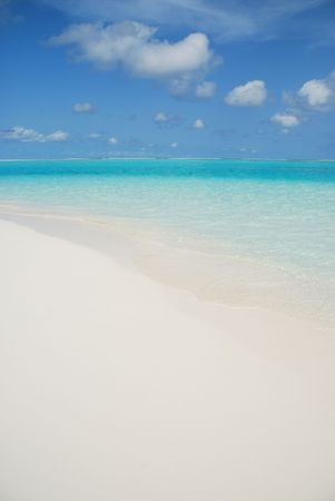 photo of Maldives beach paradise (honeymoon destination) photo