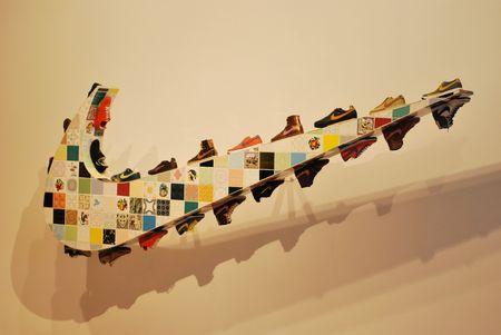 creador: Lisboa - el 25 de marzo: exposici�n de la artista pl�stica contempor�nea Joana Vasconcelos en CCB el 25 de marzo de 2011 - Lisboa, Portugal