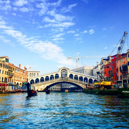 rialto bridge: Stunning view of Rialto bridge in Venice, Italy Stock Photo