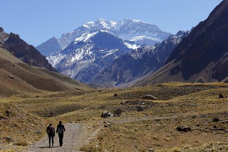 アコンカグア、6,960 でアメリカ大陸で最も高い山山地、メンドサ、アルゼンチンのアンデス山脈にあります。 写真素材