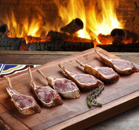 butcher s shop: Raw lambs rib