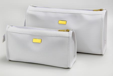 necessaire bag for miscellaneous use, bathroom, travel, toilet, hotel, school supplies Imagens