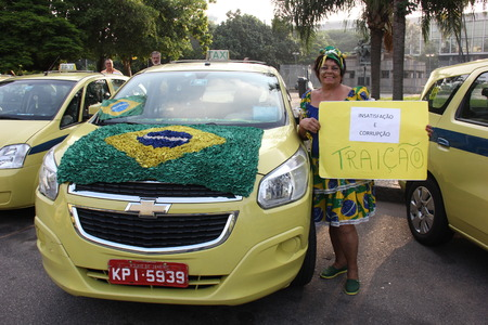 Rio de Janeiro, 1 April 2016: Hundreds of taxis in Rio de Janeiro held a protest of major proportions that paralyzed traffic in the city throughout the day. The taxi drivers were protesting against a court decision authorizing the operation of Uber in the
