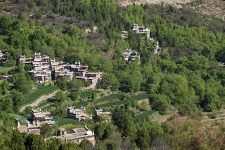 tibetan house: Jiaju Tibetan folk house
