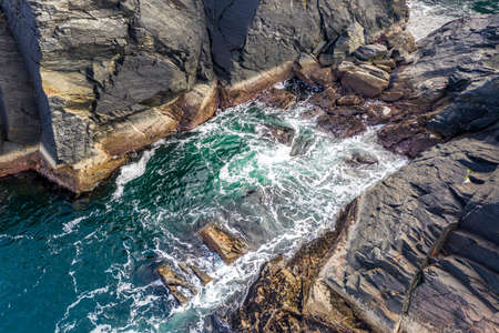 Aerial view of a gully at the coastline at Dawros in County Donegal - Ireland Standard-Bild