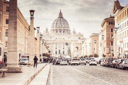 Rome, Italy, December 2018: St. Peter's Basilica Publikacyjne