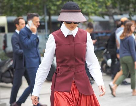 MILAN, Italy: 20 September 2019: Fashion blogger street style outfit before Sportmax fashion show during Milan fashion week Spring  Summer 20192020 報道画像