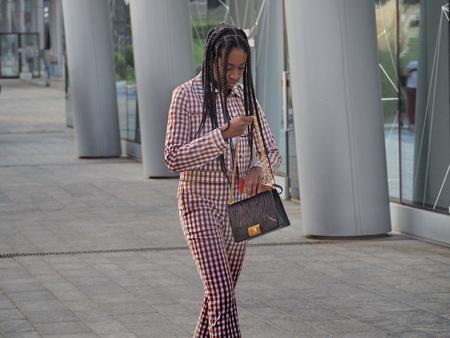 MILAN, Italy: 18 Septermber 2019: Fashion blogger street style outfit before Alberta Ferretti fashion show during Milan fashion week Spring / summer Archivio Fotografico - 132251674